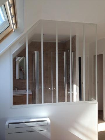 verri re d 39 atelier pour salle de bains verri re d 39 int rieur atelier akr french design akr. Black Bedroom Furniture Sets. Home Design Ideas