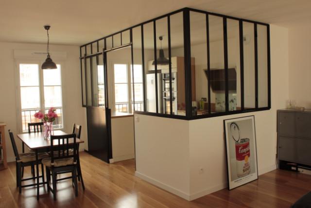 Verrière de cuisine avec porte coulissante - Verrière d\'intérieur ...