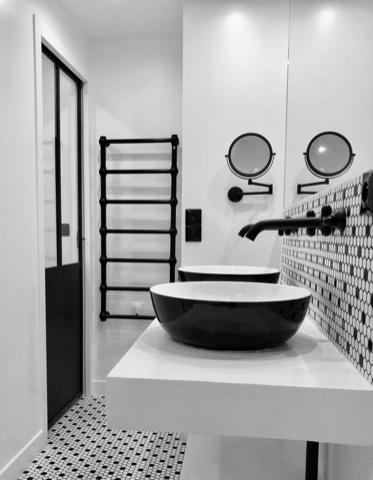 verri re pour paroi de douche verri re d 39 int rieur. Black Bedroom Furniture Sets. Home Design Ideas